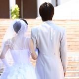 自分より収入低い男とは結婚したくない女性が7割を超える
