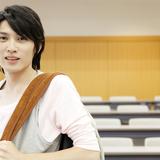 日本の雑誌モデルの体形に外国人が苦言 - 「細すぎ」「男性が弱々しい」