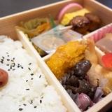 車内で飲食していい電車・そうじゃない電車「トイレのある電車はOK」「東京の通勤電車で食べてる人もいる」