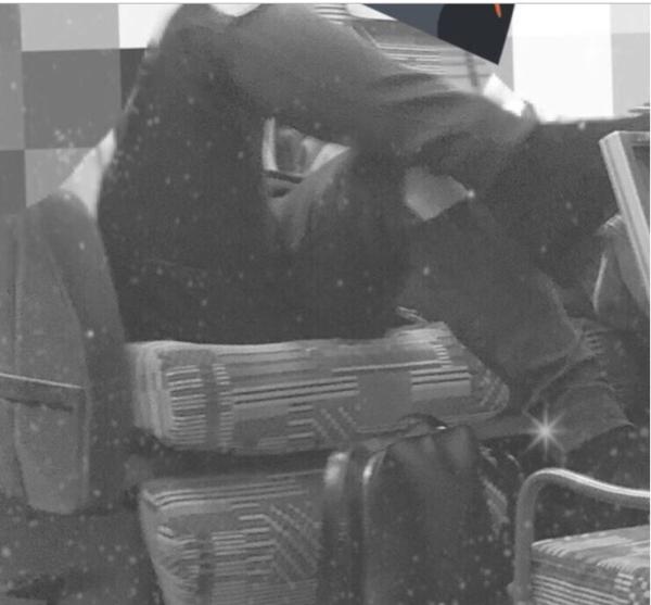 Hey!Say!JUMP山田涼介が新幹線でマナー違反!? 土足でテーブルに脚上げる画像が流失し批判殺到!:コメント17