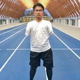 乙武洋匡氏が「人生初」義足姿を公開「歩いてみせる」