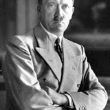 ヒトラー、スパイに女性ホルモンを打たれてメス化していた
