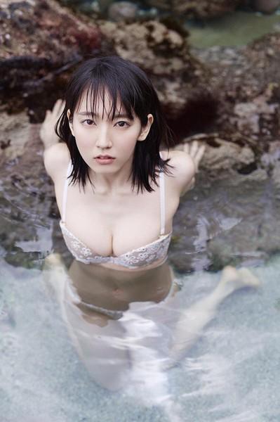吉岡里帆、「胸糞悪い」「イライラする」と批判続出! テレビ関係者は「危険」と懸念:コメント64