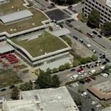 ユーチューブ本社で銃撃4人けが 容疑者と見られる女 死亡