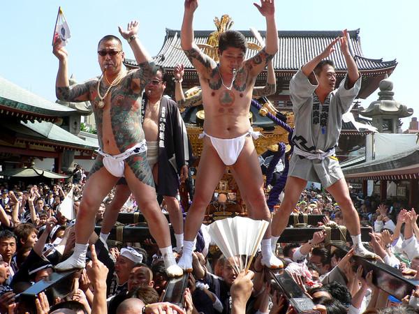 【東京】浅草の三社祭が「今年で最後」の危機 浅草寺が時間と場所を制限:コメント1