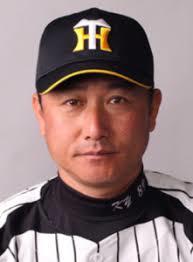 阪神の元選手、スカート内を盗撮した疑いで逮捕:コメント1