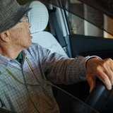 高齢者は若者より赤信号にイライラ 名大准教授ら発表に「納得すぎる」