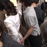 警官が痴漢 JR車内で女性の尻触る、愛知県警が交通課巡査長の伊達大輔を逮捕