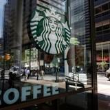 米スターバックス、吃音症の客ばかにした店員を解雇