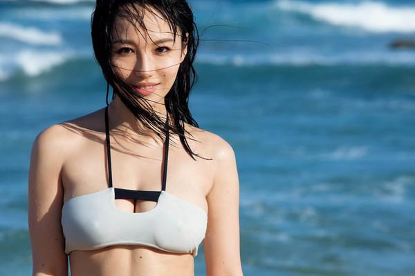井岡一翔、谷村奈南と離婚危機 挙式半年、春先からギクシャク…既に別居:コメント12