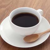 夫が言う「コーヒーでも貰おうかな」が不快だという意見に賛否の声